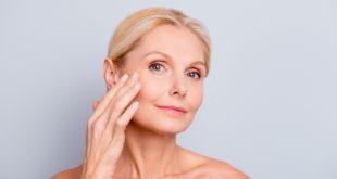 Gesichtsreinigungsbürste für reife Haut